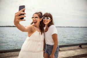 beach-boardwalk-selfie_4460x4460-e1507547439166