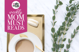 Weekly_Mom_Must_Reads_gold_tray_600x400